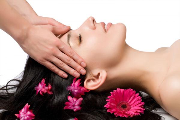 Phương pháp massage chữa sụp mí mắt đơn giản