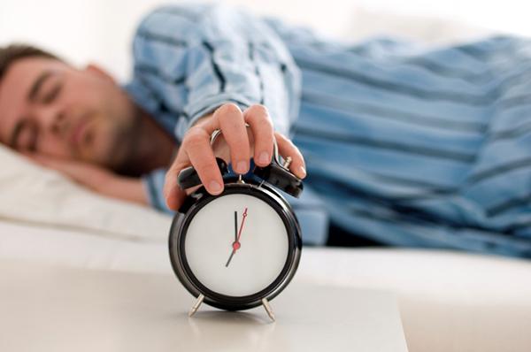 Tác hại khôn lường của việc ngủ nướng