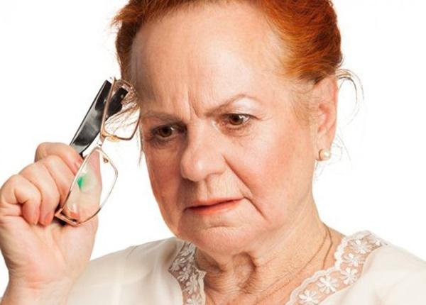 Điểm mặt triệu chứng thường gặp của bệnh alzheimer