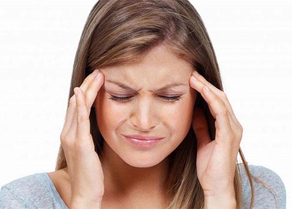 Triệu chứng thường gặp của bệnh đau đầu căng cơ