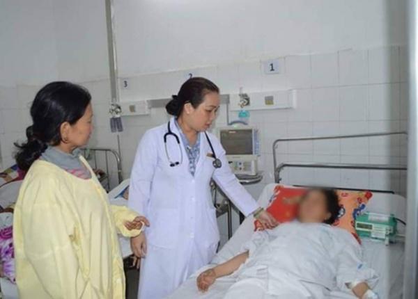 Nữ bệnh nhân tắc van tim suýt mất mạng vì mải ăn Tết, quên sử dụng thuốc
