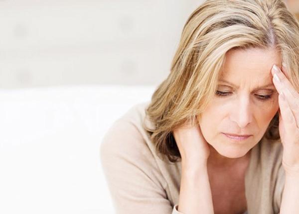 Tư vấn sức khỏe cho phụ nữ tiền mãn kinh, mãn kinh
