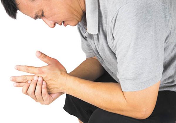 Bệnh nhân cần chú ý tới chế độ dinh dưỡng để hạn chế những cơn đau