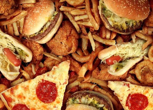 Bạn cần biết những tác hại không ngờ từ đồ ăn nhanh là gì?