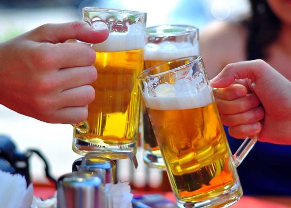 Tác hại của rượu bia đến sức khỏe con người