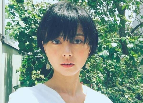Vừa sinh con: Nữ diễn viên nổi tiếng Nhật Bản nấu nhau thai thành món ăn