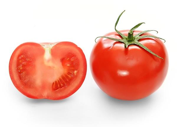 Tác dụng làm đẹp ít ai biết từ quả cà chua