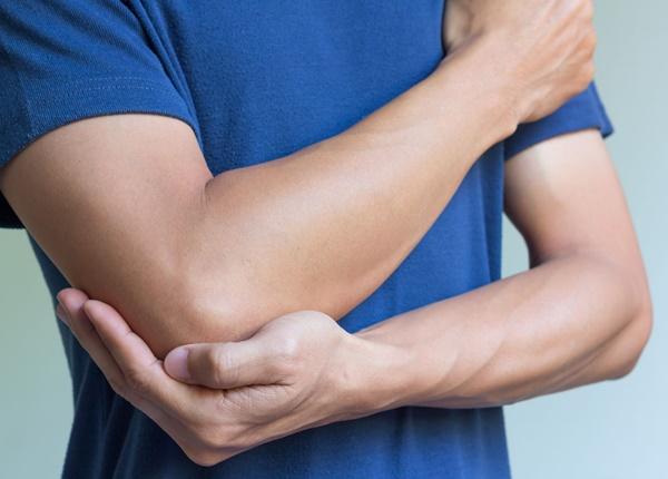 Những lưu ý về chấn thương sai khớp khuỷu trong tập luyện