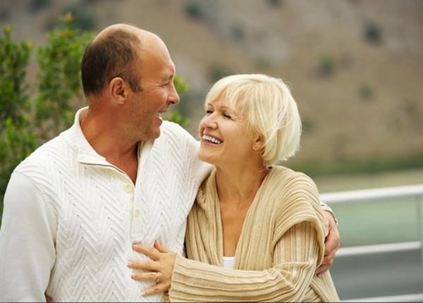 Tìm hiểu tình dục ở tuổi trung niên và người già