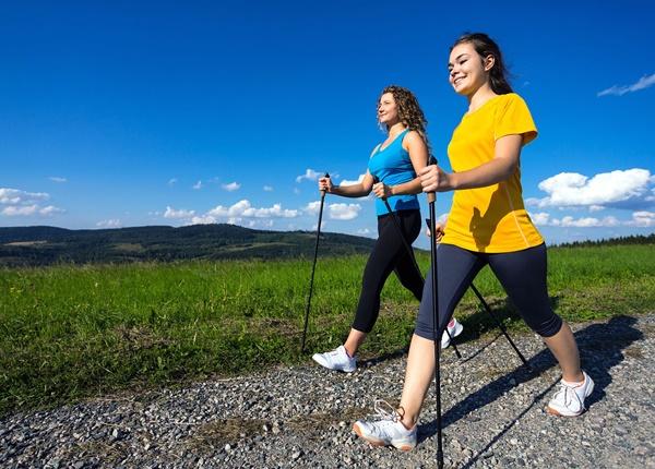 Lợi ích tuyệt vời của việc đi bộ 30 phút mỗi ngày đối với sinh viên Y Dược