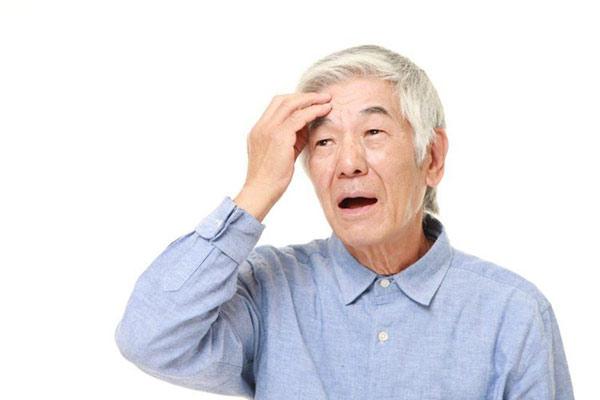 Bệnh đãng trí ở người già và những điều cần biết