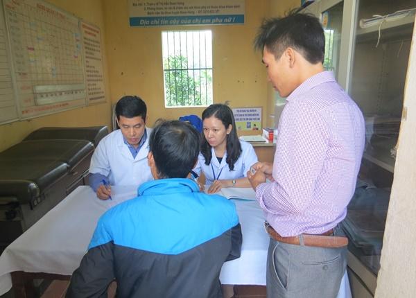 Chăm sóc bệnh nhân HIV/AIDS