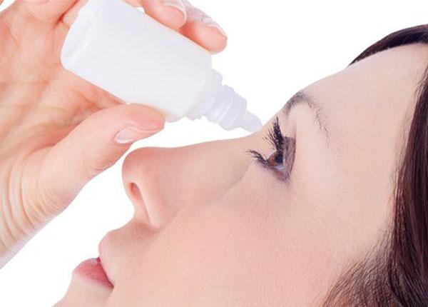 Dung dịch nhỏ mắt Acular được chỉ định để điều trị ngứa mắt