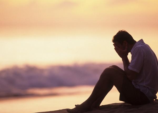 Triệu chứng dấu hiệu cảnh báo bạn đang trầm cảm