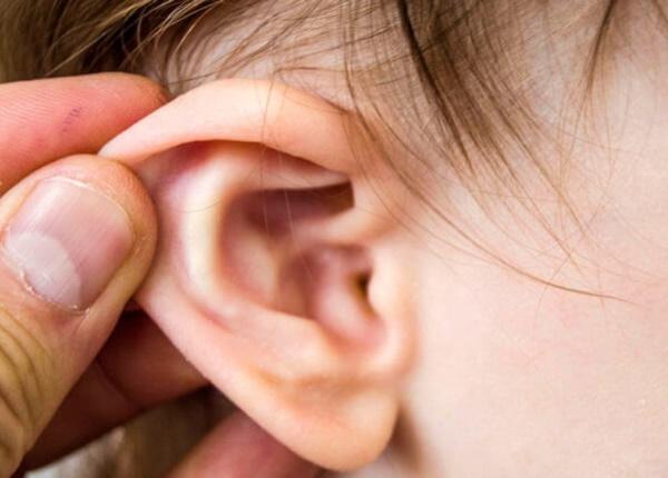Những điều cần biết về bệnh viêm tai giữa ở trẻ con