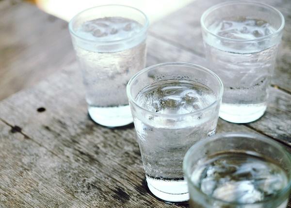 Sử dụng đồ uống lạnh ảnh hưởng như thế nào đến sức khỏe