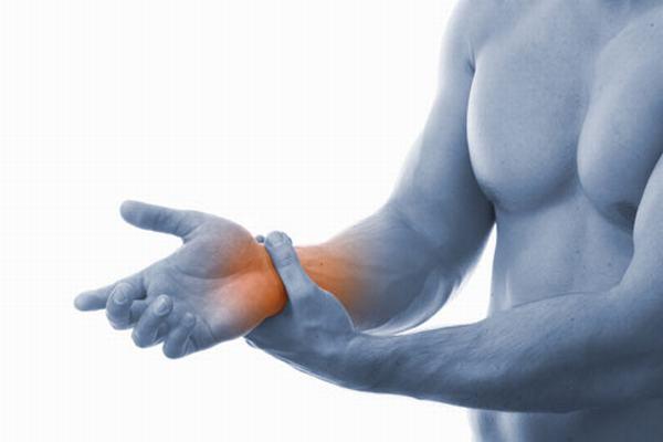 Chấn thương cổ tay rất thường gặp khi tập Gym