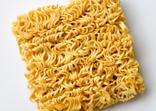 Tác hại của mỳ ăn liền đến sức khỏe