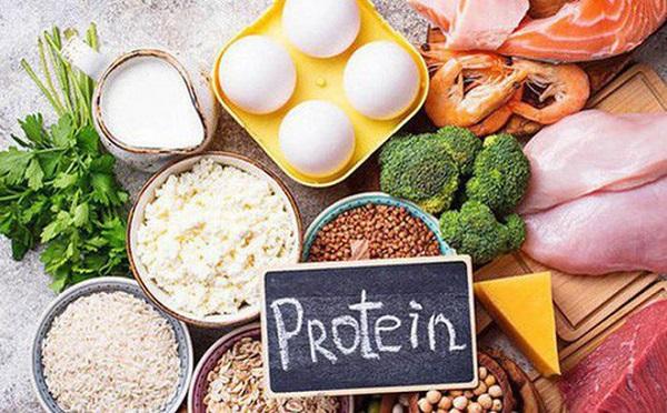 Dấu hiệu cho thấy cơ thể đang thừa protein