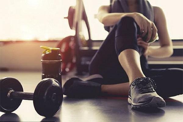 Có nên tập gym khi bụng đói?