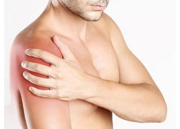 Đau vai là một chấn thương thường gặp khi tập Gym