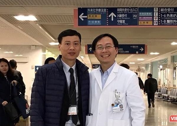 PGS.TS. Trần Huy Thịnh và đồng nghiệp tại Nhật Bản.