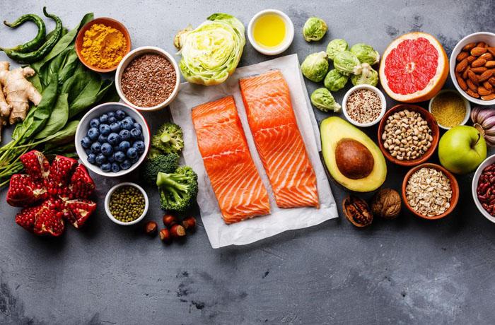 Chế độ cân bằng dinh dưỡng trong bữa ăn của người cao tuổi