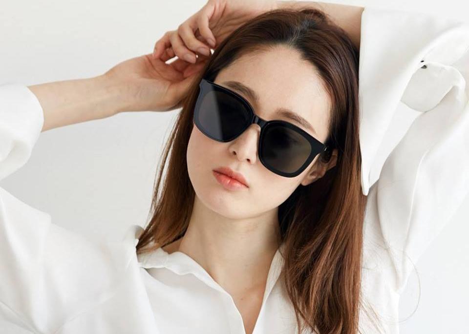 Kính râm có khả năng bảo vệ mắt, tránh khỏi những tác động của tia UV