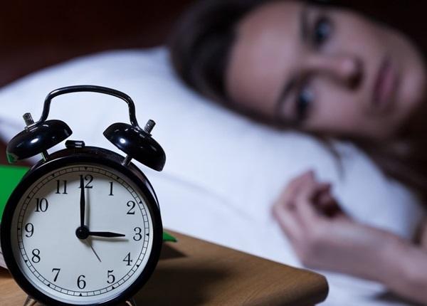 Lời khuyên của bác sĩ chuyên khoa giúp bạn khắc phục tình trạng mất ngủ